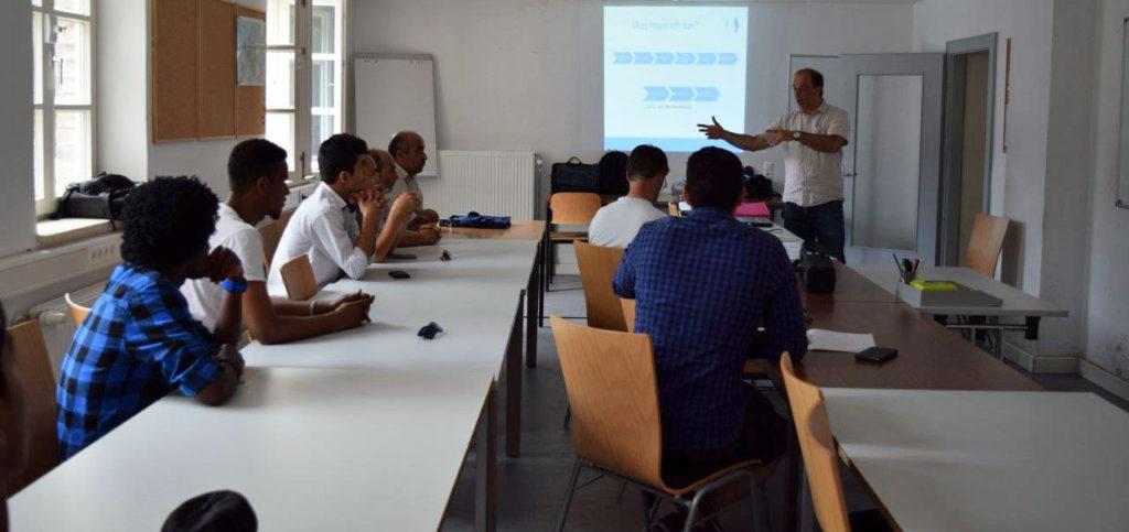 Info-Veranstaltung zum Thema Berufsausbildung im Dualen System